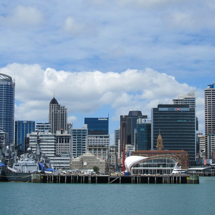Christchurch vs. Auckland: Which one should you visit?