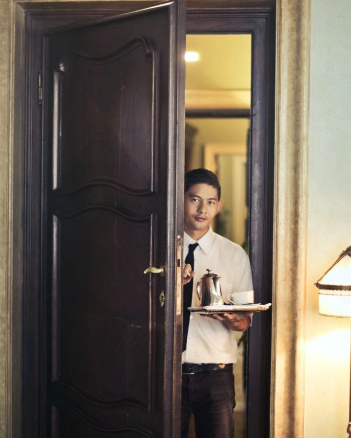 Can hotel staff enter the room without permission?