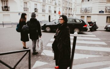 Is it true that the French don't like tourists?