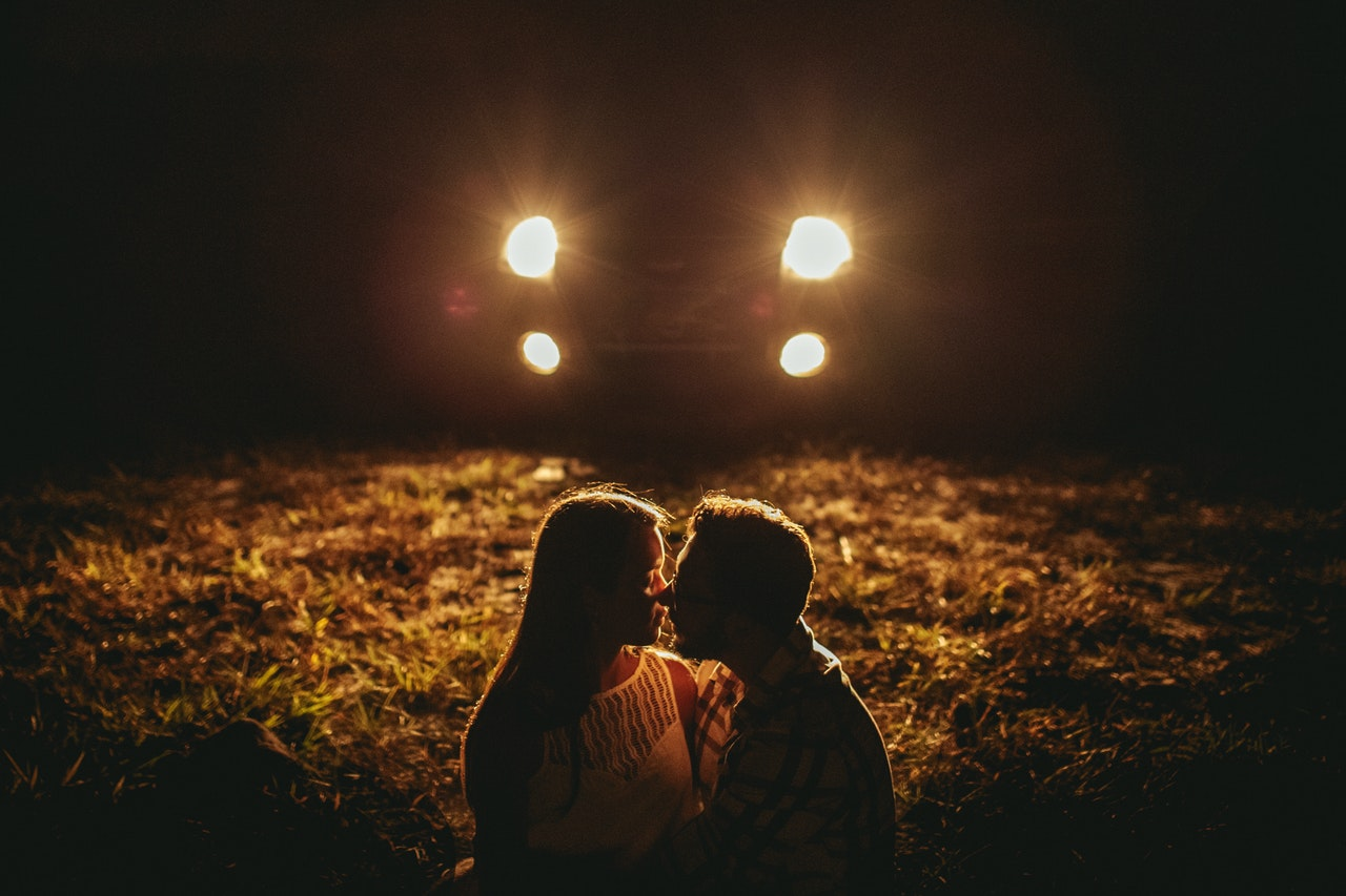 Is kissing in car legal in India? - This could happen to you