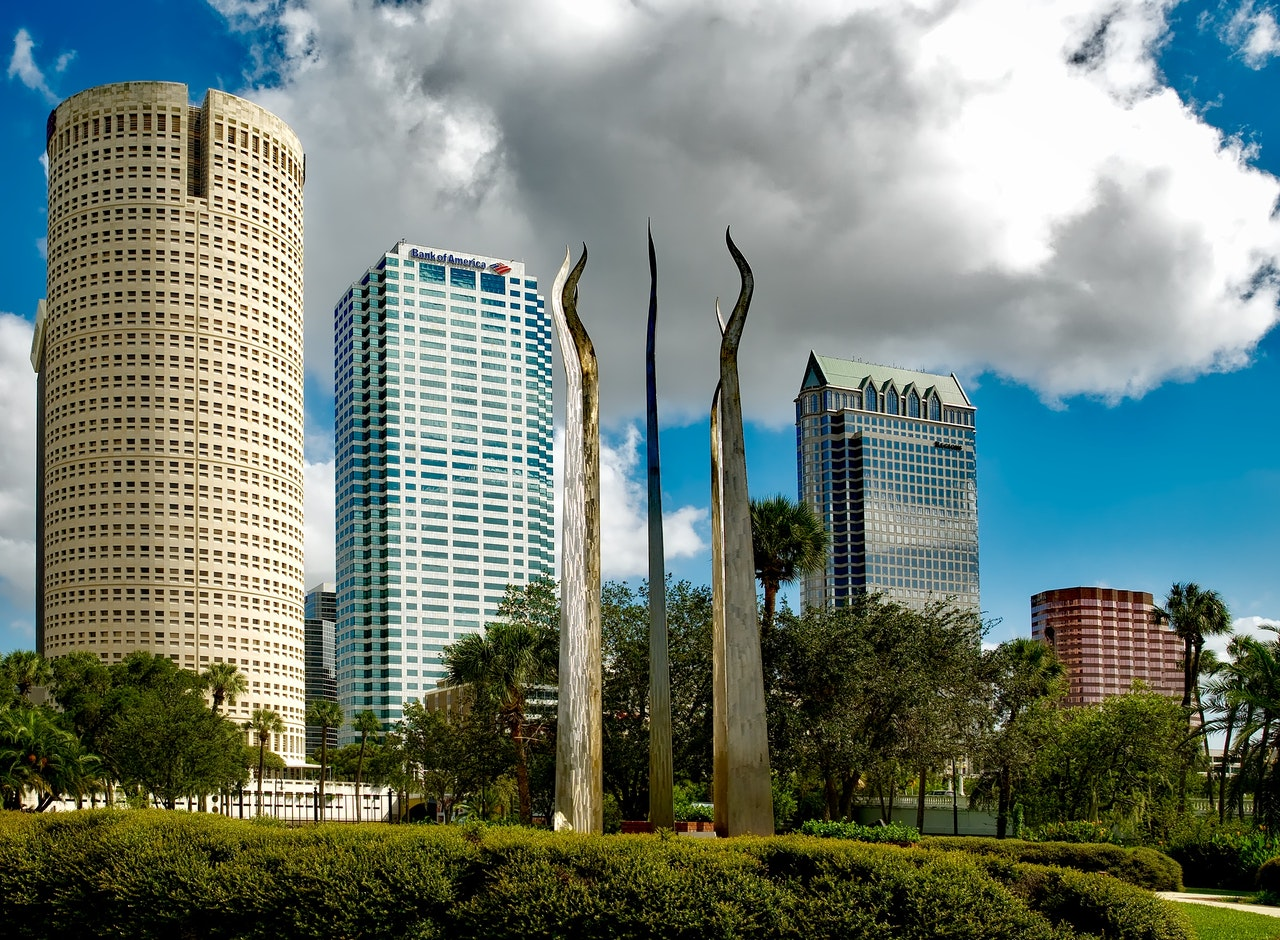 Tampa or St. Petersburg – where is the best place to live?