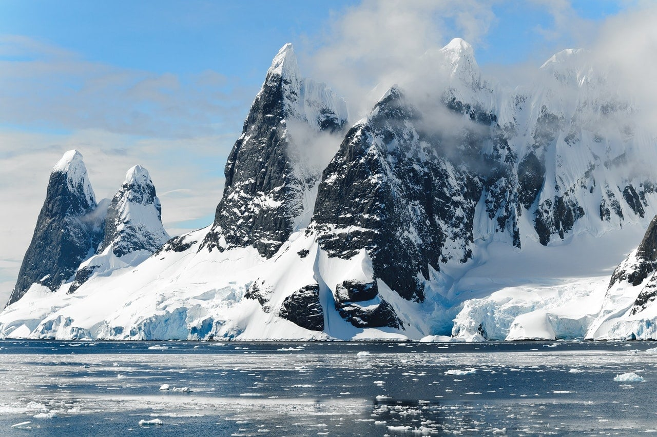 Why are world leaders visiting Antarctica?