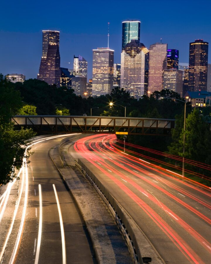 Houston vs. Chicago - Where is the best place to live?